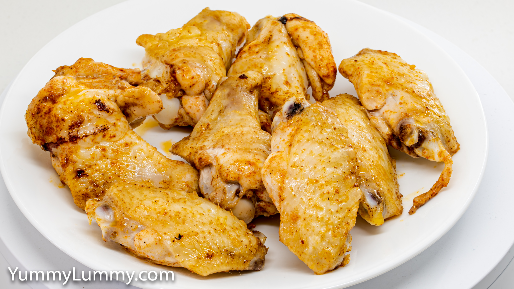 Photograph of Roast chicken wings with Sichuan seasoning. Gary Lum.