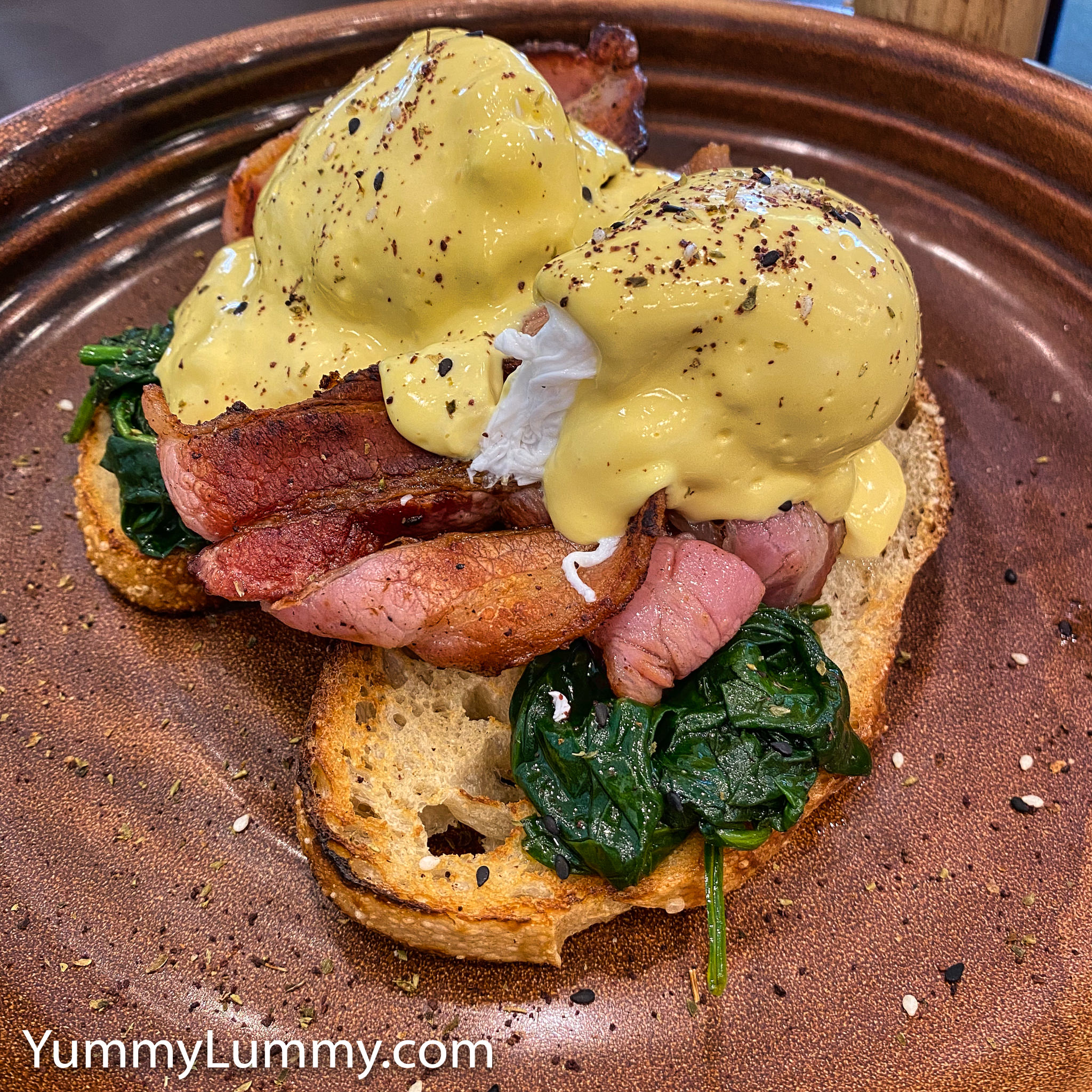 Photograph of Eggs Benedict Bacon from Ricardo's Cafe. Gary Lum.