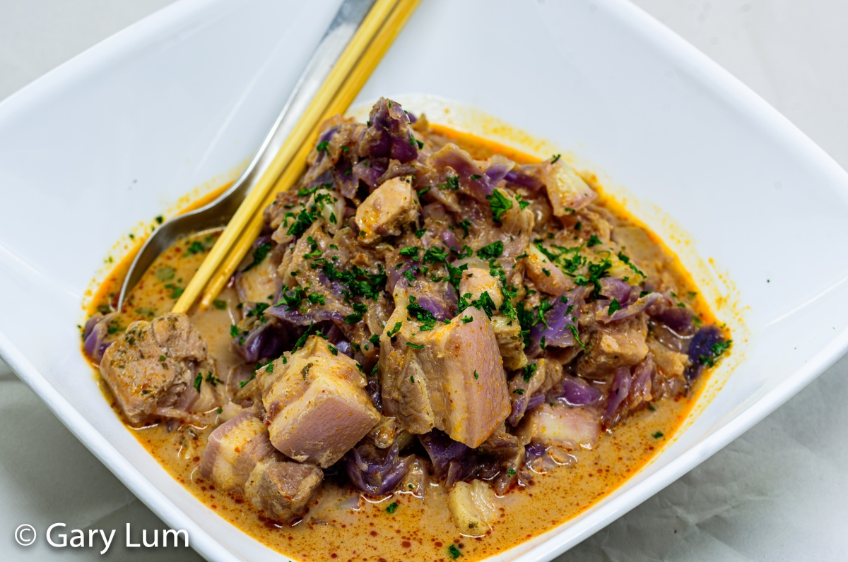 Pressure cooker pork belly with cabbagecurry
