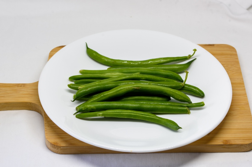 Green beans (uncooked)